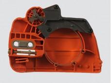 Корпус (крышка тормоза с натяжителем) для бензопилы Husqvarna 236/240 Titan